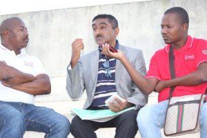 Abdul Hanane e a equipa do Ikweli