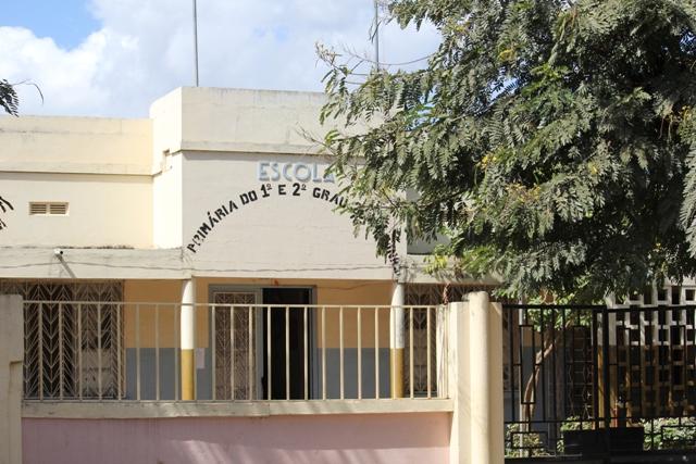 Directora da EPC 25 de Junho em Nampula, Carlota João, está no encalco do Gabinete de Combate a corrupção