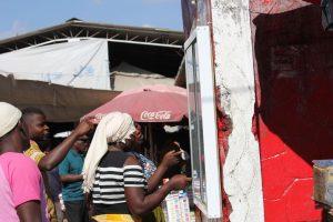 Mulheres no mercado central de Nampula