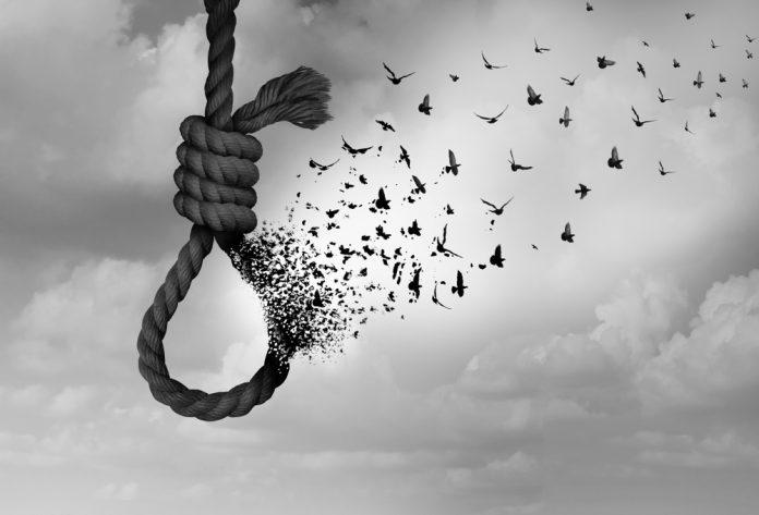 professor primario decidiu suicidar-se em Nampula porque a mulher levou homem para a sua propria cama