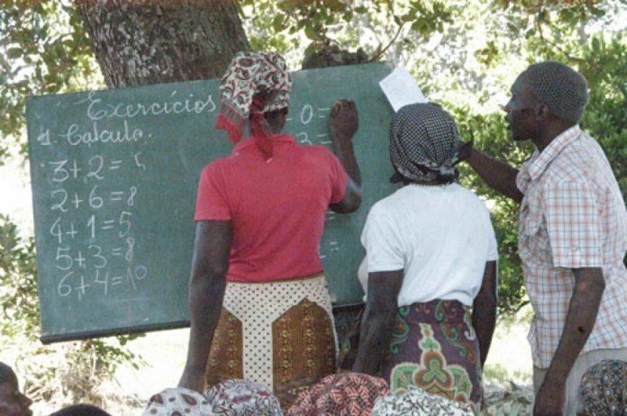 alfabetização em Nampula